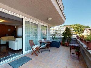 Karlová Ves 4-izbový byt s terasou a garážou
