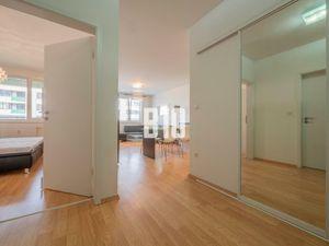 Na predaj   2 izbový byt   56m   S parkovacím miestom   Novostavba