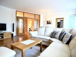 Na prenájom jedinečný veľkometrážny 3 izbový byt s 2 loggiami v Ružinove