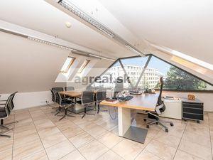 Kancelárske priestory 330 m2 pod Horským Parkom, v luxusnom komplexe v centre Bratislavy