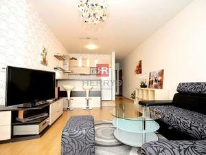 HERRYS - Na prenájom moderný 2 izbový byt v novostavbe Perla Ružinova, s internetom, TV a garážovým