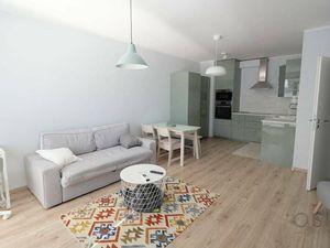 Klimatizovaný 2i byt s balkónom, v novostavbe z r. 2019