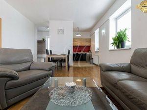 REZERVOVANÉ Slnečný 2 izbový byt v projekte TOPAS