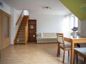 Na predaj 2-izbový byt s balkónom, Nitra-Čermáň