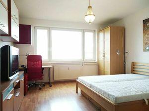 Exkluzívne Prenájom 1i bytu pri Štrkovci v Ružinove