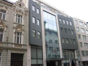 Prenájom obchodno/administratívneho priestoru v nákupnej pasáži LUXOR v centre mesta