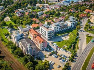 Na prenájom obchodno-kancelársky priestor 256,16 m2, New Gardens, Bratislava - Ružinov