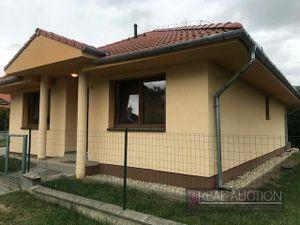 Prenájom 4 izbový rodinný dom - bungalov Nitra, Janíkovce.