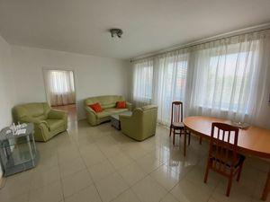 Prenájom 3 izbový byt v Ružinove - Prievoz, 95 m2 s loggiou, garážové státie