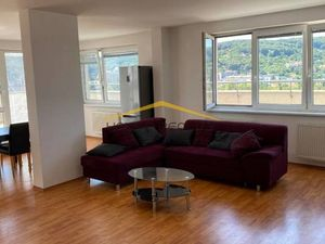 Veľký exkluzívny 4-izb. byt, Saratovska ul., Dúbravka, Bratislava IV