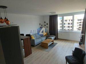 Prenájom 2 izb.bytu komfort a pohodlné parkovanie priamo v bytovom dom