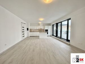 Prenajmeme 3 izbový byt s terasou, 147 m², Žilina - Hliny, Bulvár Residence, R2 SK.