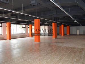Ponúkame obchodné a skladové priestory v centre mesta Trnavy
