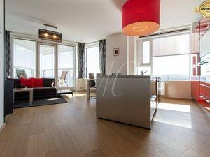 Krásny moderne zariadený 4 izbový byt v Panorama city