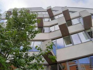 110 m2 (+17m2 zázemie) a 192 m2 (+13 m2 terasy) – priestory v štýlovej budove vo vysokom štandarde