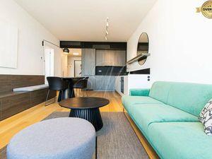 Úplne nový dizajnový 2-izbový byt SKYPARK s výhľadom na mesto + loggia
