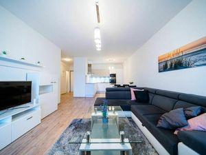 Arvin & Benet | Veľkorysý moderný 2i byt s terasou