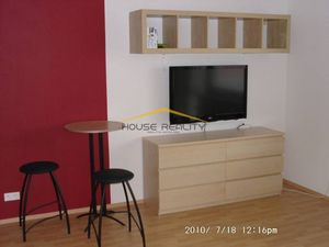 1 izbový byt s garážou, Podunajská ulica, BA II Podunajské Biskupice