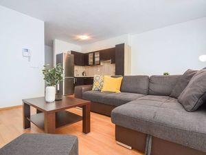 Zariadený 2-izbový byt s loggiou v novostavbe Retro