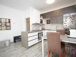 RUŽINOVSKÁ - 2 iz. byt, balkón, WIFI, novostavba