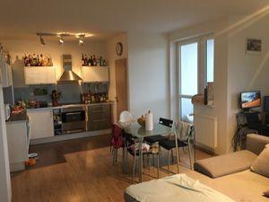 3 izbový, moderný byt s 2 parkovacími miestami v BA III, Rači, Kadnárová ul.