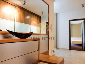 Prenájom – Veľkometrážny, moderný 3-izbový byt s garážou, Nitra-centrum