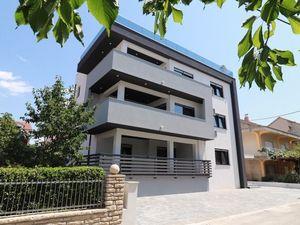 Nový atraktivní apartmán blízko moře i pláže, Vodice, Chorvatsko