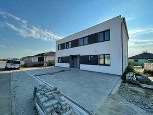 Exkluzívne 4 izbový Rodinný dom, 2 poschodový, úžitková 96,43m2, pozemok 230m2, Figová Miloslavov,