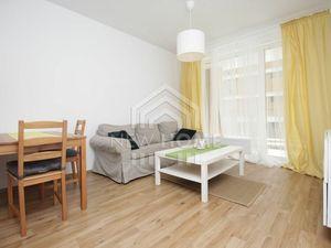 NOVÝ RUŽINOV - 2 iz. byt, PARKING, PIVNICA, BALKÓN 8 m2