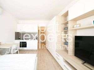 Nádherný 1i byt, 26 m2, zariadený, parkovanie, klimatizácia, balkón