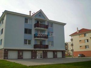 MAXFINREAL - Prenájom 3-izbový byt s garážou - Vráble