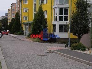velkometrážny, zariadený 1 izbový byt na Heyrovského ulici v Lamači, Bratislava