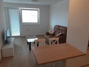 BULVAR - ZARIADENÝ 2 izb. byt s balkónom, NOVOSTAVBA