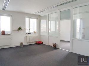 43 – 54 – 74 a 85 m2 – kancelárie v menšom administratívnom objekte