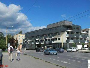 Prenajmeme obchodno - kancelársky priestor, Žilina - Hliny, Hlinská ulica, BULVÁR RESIDENCE, R2 SK.