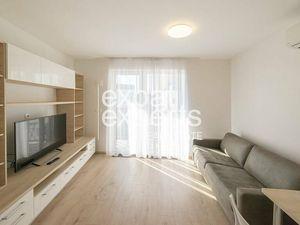 Útulný 1i byt, 26 m2, zariadený, parkovanie, klimatizácia, balkón