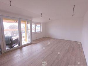 5i mezonet, Žilina centrum, 134m2 + 15m2 loggia, cena: 252.350 EUR