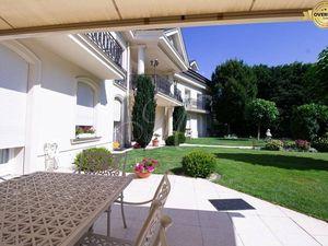 Luxusný 4 izbový byt s bazénom a záhradou v Horskom parku