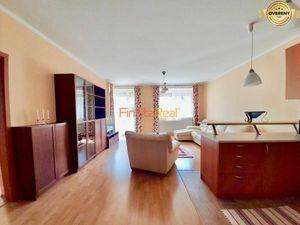 Prenájom 3-izbový byt s veľkou terasou v uzavretom areáli