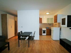 Ponúkame na prenájom 1 izb byt na Heyrovského ulici