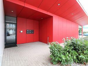 SLOVAK INVEST – Na prenájom administratívne priestory na Vietnamskej ulici , BA II, Budova CASCA.