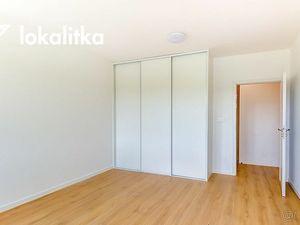 PRENÁJOM:  3 izbový byt v BA-Dúbravke.  ID1080