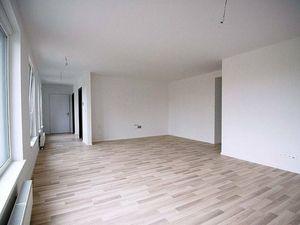 Prenájom 3 izbový byt, Bratislava - Ružinov, Jarabinková ul., 3. posch