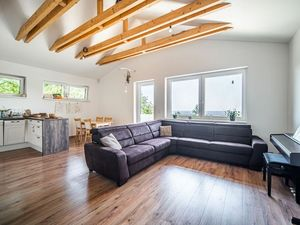PROMINENT REAL predá nový 4 izb. rodinný dom v Rači pri lese.