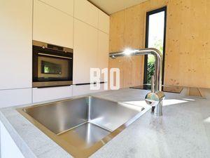 Praktický modulárny dom na bývanie alebo rekreáciu