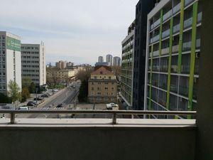 Veľký 3 izbový byt s parkovaním v BA II, Ružinove, časť Nivy