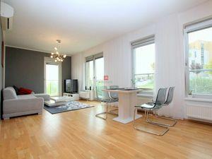 HERRYS - Na prenájom priestranný 2 izbový byt v novostavbe Vinohradis s parkovacím miestom, internet