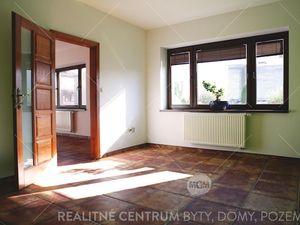 Prenájom -  luxusné administratívne priestory v centre Žiliny Cena: 1500€