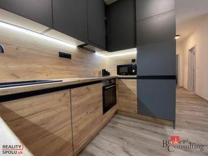 Na prenájom/predaj nadštandartne zariadený 3 izb byt priamo v centre Nitry v REZIDENCII TABÁŇ !