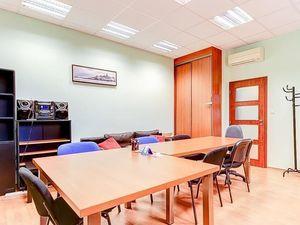 Ponúkame na prenájom kancelárske priestory /67m2/ na Tomašikovej ulici, lokalita Bratislava-Ružinov